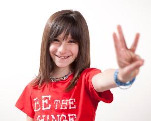 Hannah Alper: Her Future's So Bright *WE* Gotta Wear Shades!