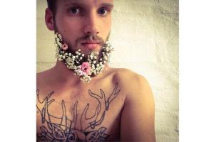 Babys Breath Makes a Perfect Flower Beard Accent!