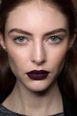 dark-purple-lipstick-goth-makeup